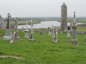 round tower clonmacnoise 2